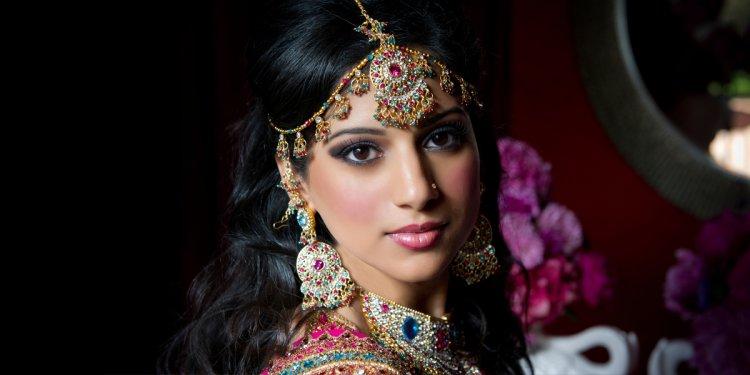 60 Best Indian Bridal Makeup