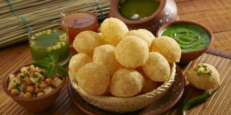 Paani Puri Spicy Indian food