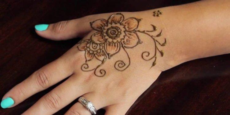 Henna Tattoo Kits : Indian stuff